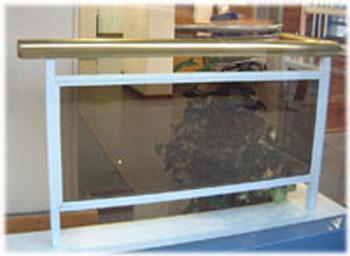 Baranda balcon de aluminio for Precios de toldos para balcones